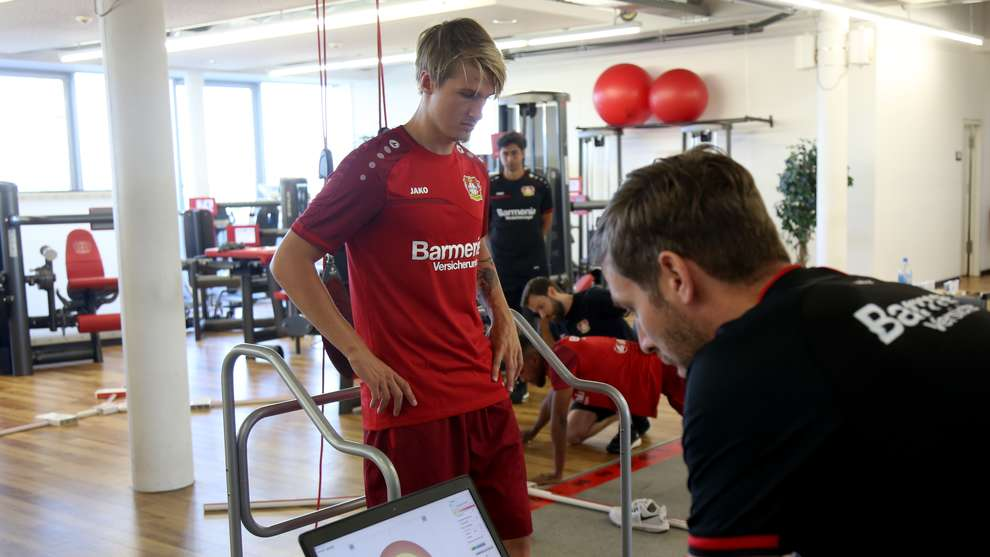 Jedvaj back in Leverkusen – Trio complete performance tests ...