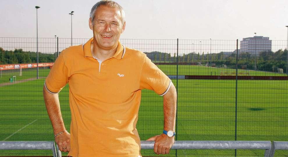 """Jürgen Gelsdorf – Ein """"Gelle"""" für alle Fälle  Bayer04.de"""